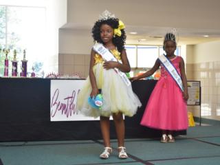 Mini Miss Queen